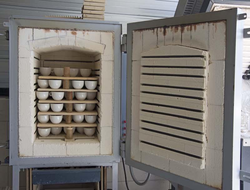 Aardewerk en porselein oven